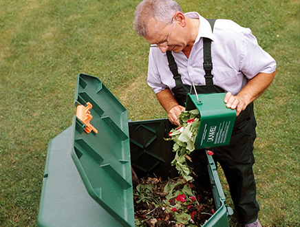 Easy to use composter