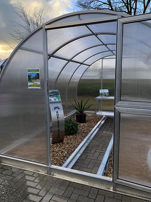 Arcus greenhouse 3/4 view 1