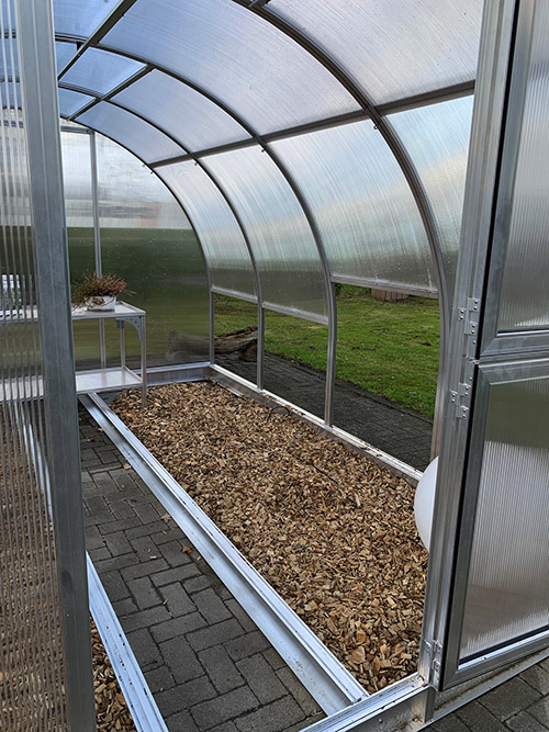 Arcus greenhouse 3/4 view 2