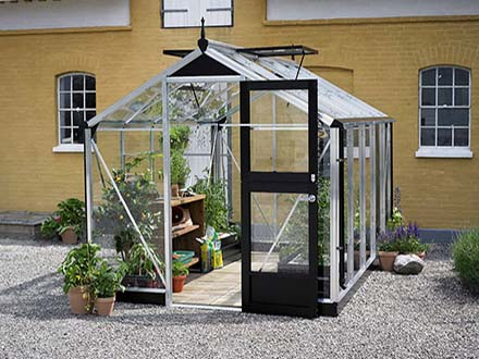 Compact Greenhouse