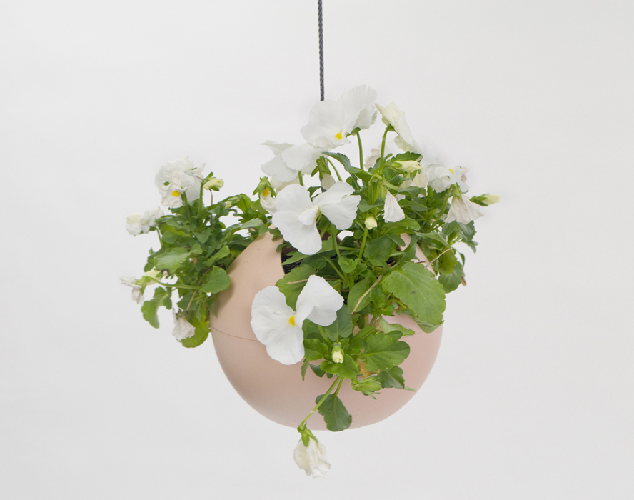 euro hanging planter blush