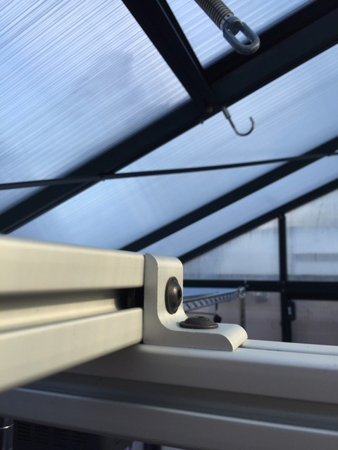 80/20 aluminum t-slot system in greenhouse